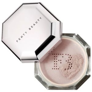Fenty beauty retouching powder